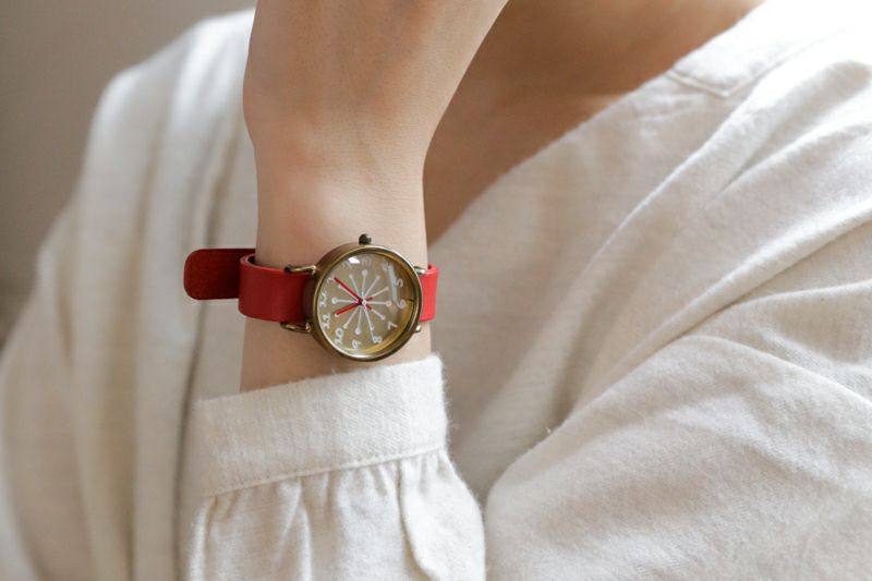 coco watch ミルク レッド